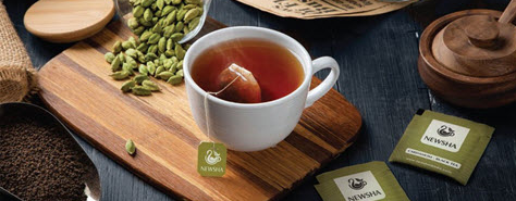 دمنوش مخلوط چای سبز و آلوورا و عسل کیسه ای نیوشا 20 عددی